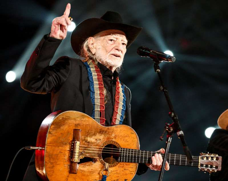 Country Music Legend Willie Nelson Rescues Over 70 Horses From The Slaughterhouse And Allows Them To Roam Happily On His 700-Acre Ranch