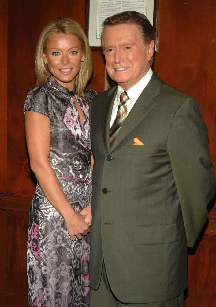 "Regis Philbin Got Candid On His Broken Relationship With Former Co-Host Kelly Ripa: ""She Got Very Offended""Regis Philbin Got Candid On His Broken Relationship With Former Co-Host Kelly Ripa: ""She Got Very Offended""Regis Philbin Got Candid On His Broken Relationship With Former Co-Host Kelly Ripa: ""She Got Very Offended""Regis Philbin Got Candid On His Broken Relationship With Former Co-Host Kelly Ripa: ""She Got Very Offended""Regis Philbin Got Candid On His Broken Relationship With Former Co-Host Kelly Ripa: ""She Got Very Offended""Regis Philbin Got Candid On His Broken Relationship With Former Co-Host Kelly Ripa: ""She Got Very Offended"""