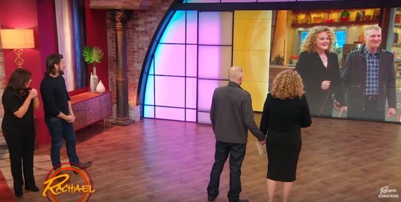 Hartes Paar bat Profi-Stylisten darum, ihren Look für die Hochzeit zu ändern. Das Ergebnis ist umwerfend!