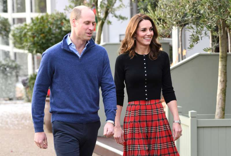 Kate Middleton Stuns In A Gorgeous Red Plaid Skirt For A Christmas Party At Kensington PalaceKate Middleton Stuns In A Gorgeous Red Plaid Skirt For A Christmas Party At Kensington PalaceKate Middleton Stuns In A Gorgeous Red Plaid Skirt For A Christmas Party At Kensington PalaceKate Middleton Stuns In A Gorgeous Red Plaid Skirt For A Christmas Party At Kensington Palace
