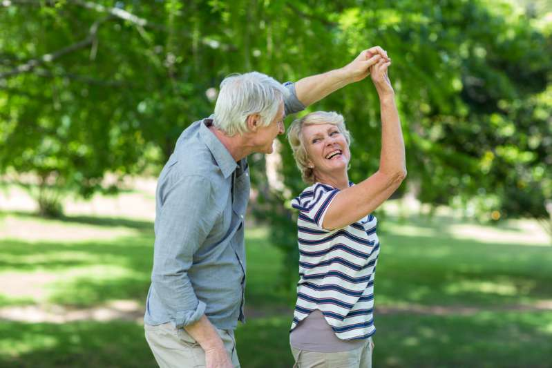 Sneaky Parkinson's: How Can Your Eyes Indicate The Onset Of The Disease Before The Main Symptoms?Elderly couple dancing