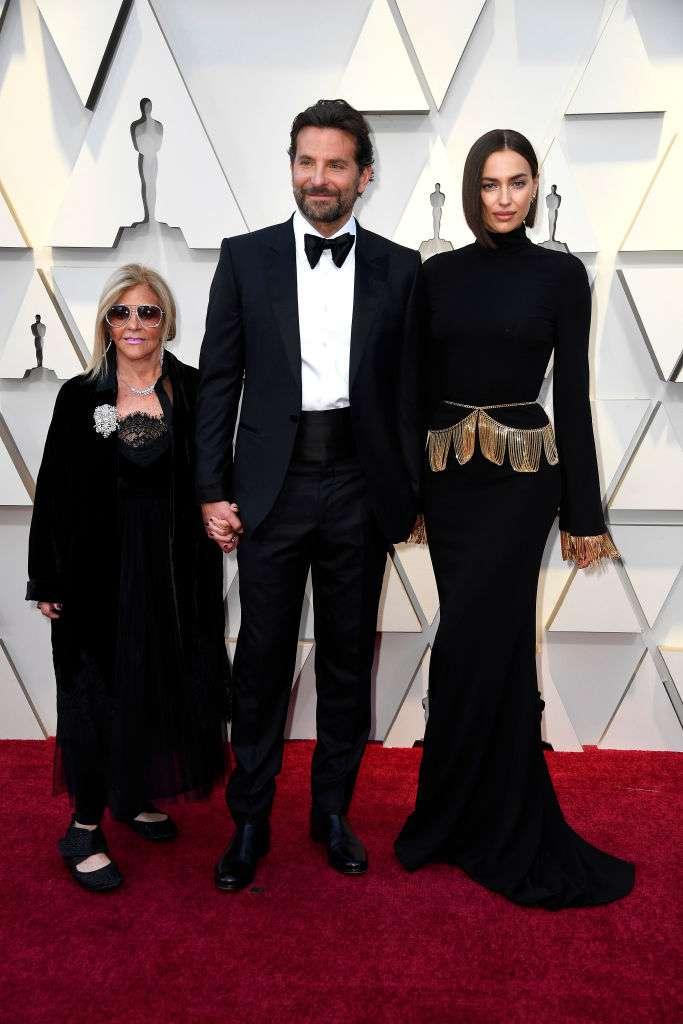 Feinde im wirklichen Leben? Irina Shayk folgt Lady Gaga nicht mehr auf Social Media, nach den Gerüchten, dass sich etwas mit Bradley Cooper abspielt
