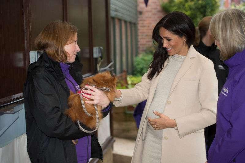 """Une femme a qualifié Meghan Markle de """"grosse"""", la réaction de la Duchesse a surpris tout le monde"""