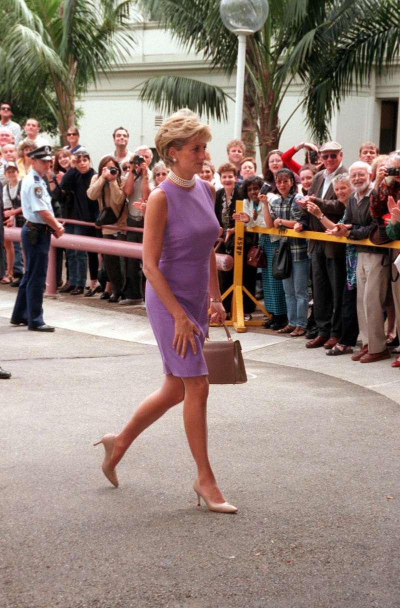 """Diana y sus zapatos: había un tipo de calzado que detestaba, y tenía """"prohibidos"""" los tacones altos"""