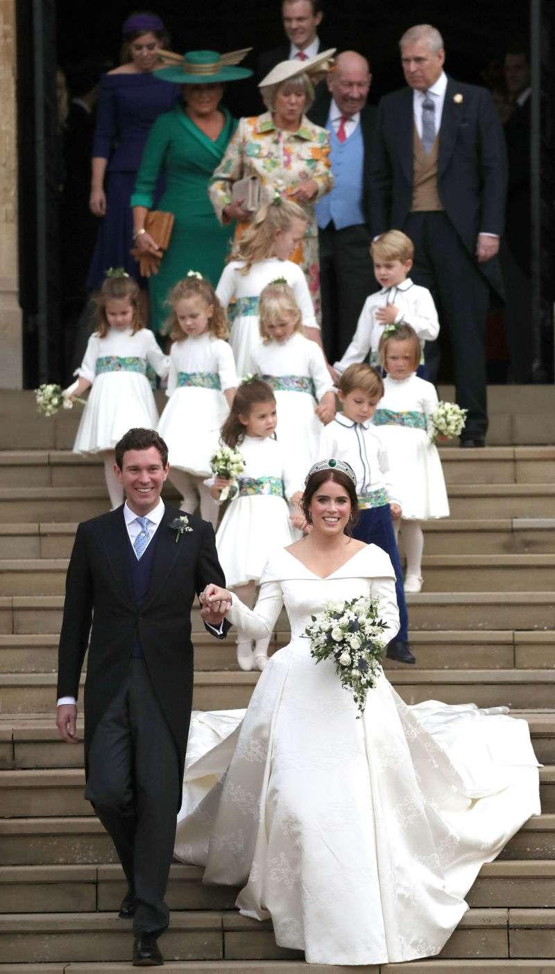Это официально: свадебное платье Кейт Миддлтон признали самым красивым среди другихЭто официально: свадебное платье Кейт Миддлтон признали самым красивым среди другихЭто официально: свадебное платье Кейт Миддлтон признали самым красивым среди другихЭто официально: свадебное платье Кейт Миддлтон признали самым красивым среди другихЭто официально: свадебное платье Кейт Миддлтон признали самым красивым среди других