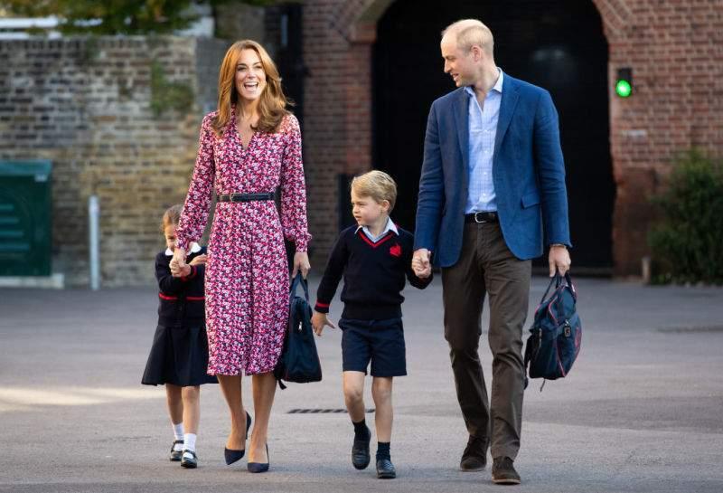 Zähe kleine Prinzessin: Charlotte ist der Queen zufolge diejenige, die George in der Schule beschützt