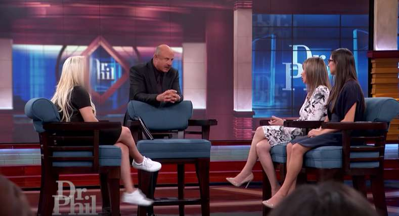 Is Your Child Also Out Of Control? Dr Phil Gives Advice To Mom Who Takes Her Work Way More Serious Than Her KidsIs Your Child Also Out Of Control? Dr Phil Gives Advice To Mom Who Takes Her Work Way More Serious Than Her Kids