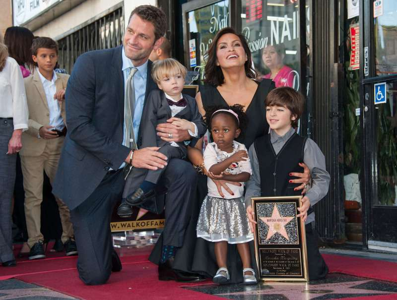 Mariska Hargitay And Peter Hermann's Key To The Marriage Of 15 Years Is All About 'Fundamentals'Mariska Hargitay And Peter Hermann's Key To The Marriage Of 15 Years Is All About 'Fundamentals'Mariska Hargitay And Peter Hermann's Key To The Marriage Of 15 Years Is All About 'Fundamentals'Mariska Hargitay And Peter Hermann's Key To The Marriage Of 15 Years Is All About 'Fundamentals'
