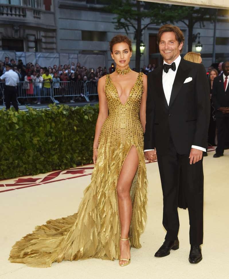 Experte behauptet, dass die 'wütende' Irina Shayk sich nach mehr von Bradley Cooper sehnt, es aber nicht bekommt