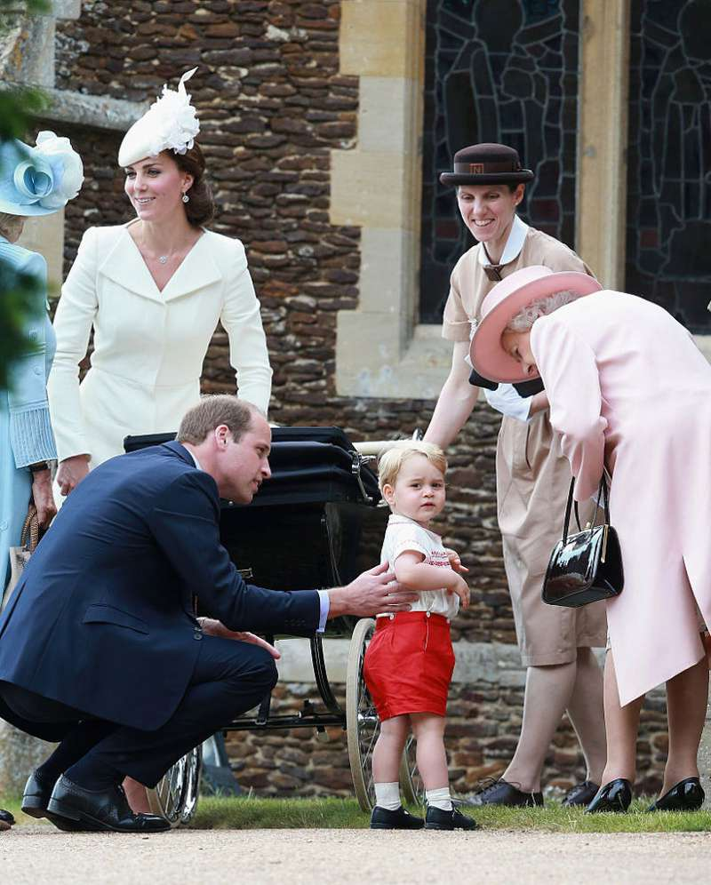 Royal Daddy! Prince William's Cute Gesture Helps Prince George Prepare For The Kingship