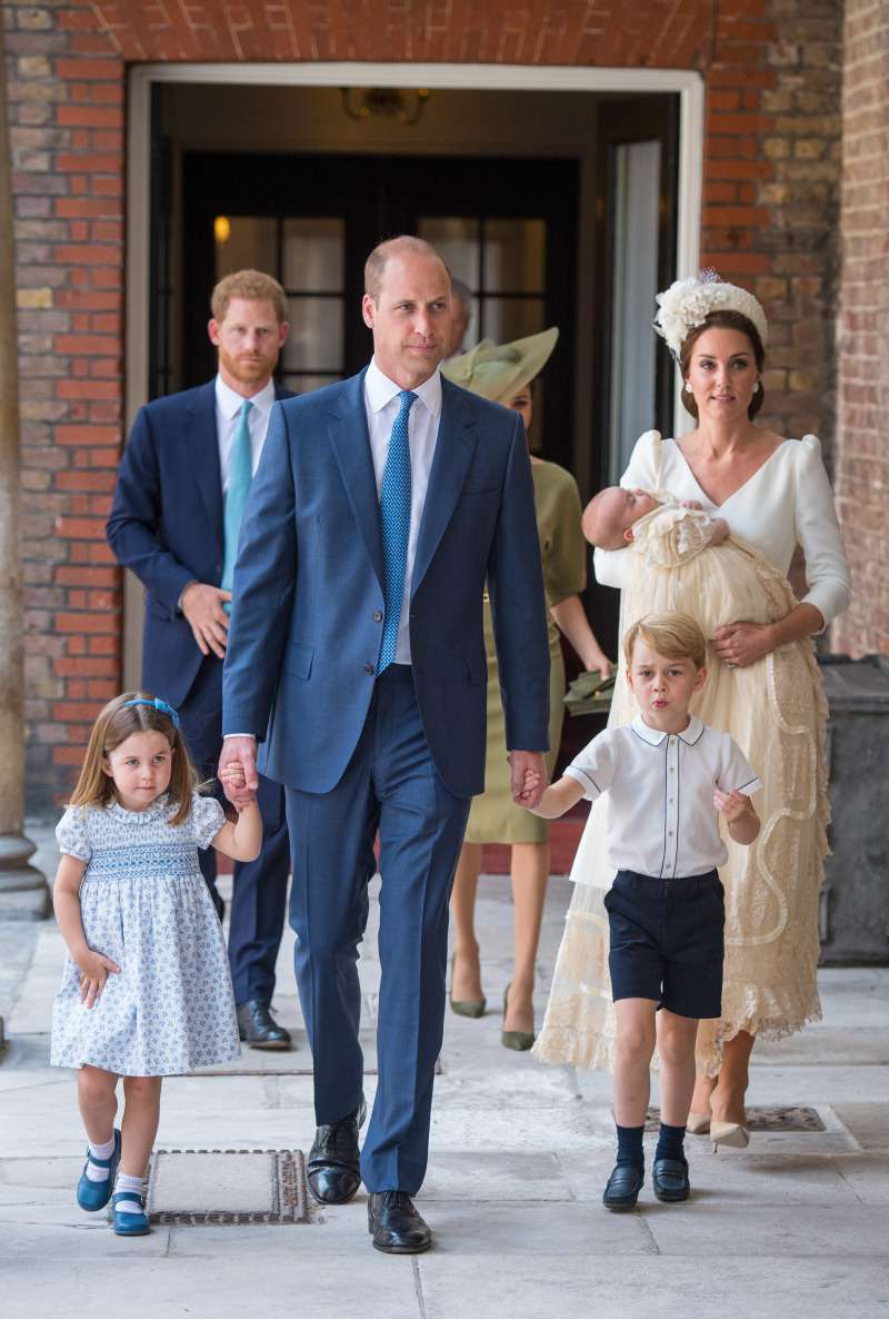 Royal Family Falling Apart? Fab Four Seems No Longer Strong After Harry And Meghan's Decision To MoveRoyal Family Falling Apart? Fab Four Seems No Longer Strong After Harry And Meghan's Decision To MoveRoyal Family Falling Apart? Fab Four Seems No Longer Strong After Harry And Meghan's Decision To MoveRoyal Family Falling Apart? Fab Four Seems No Longer Strong After Harry And Meghan's Decision To MoveRoyal Family Falling Apart? Fab Four Seems No Longer Strong After Harry And Meghan's Decision To Move