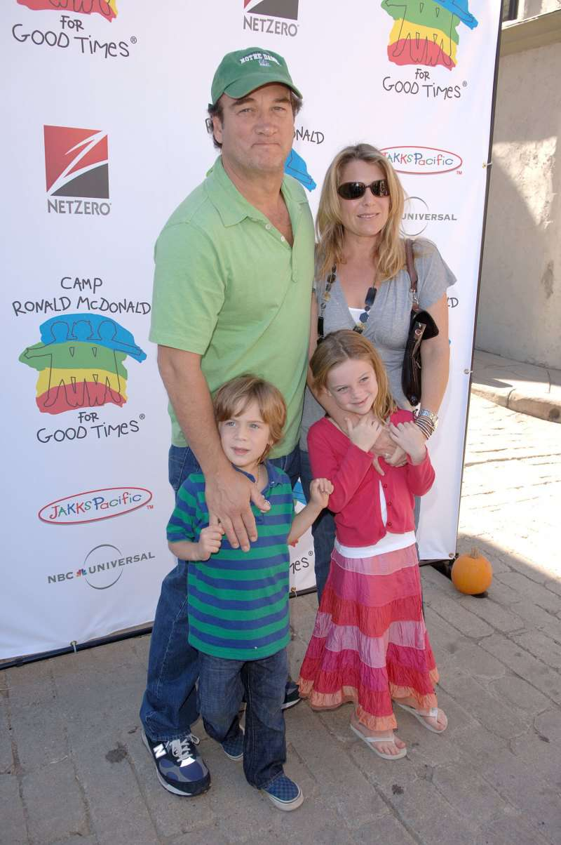 Jim Belushi Posts Warm Photo With His Kids But Fans Worry Ab