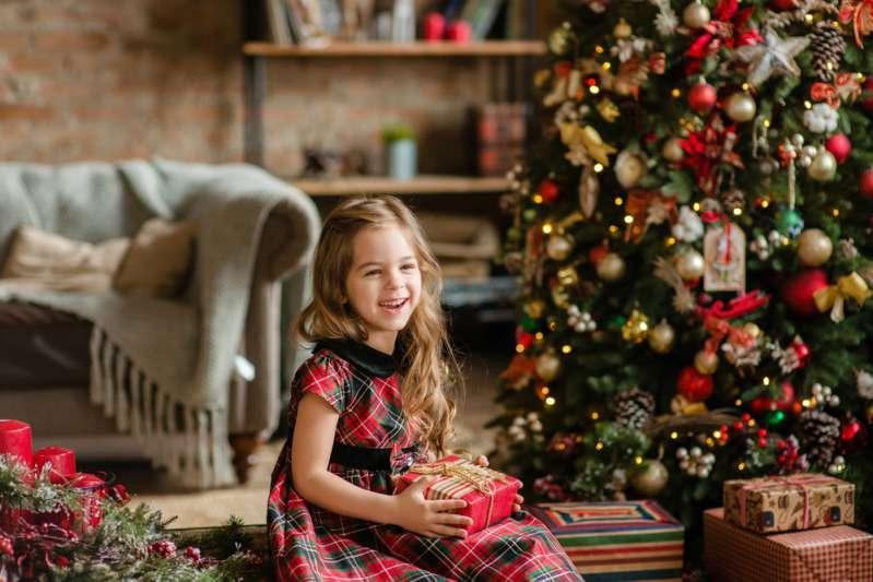 Учительница одним метким постом напомнила родителям о том, чего на самом деле их дети ждут в Рождество