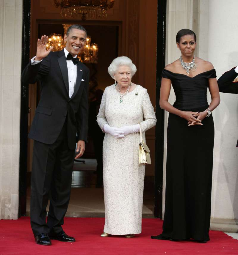 Royal Rebel: The Queen Broke 'Rubbish' Royal Protocol During The Obamas Visit To Buckingham PalaceRoyal Rebel: The Queen Broke 'Rubbish' Royal Protocol During The Obamas Visit To Buckingham Palace