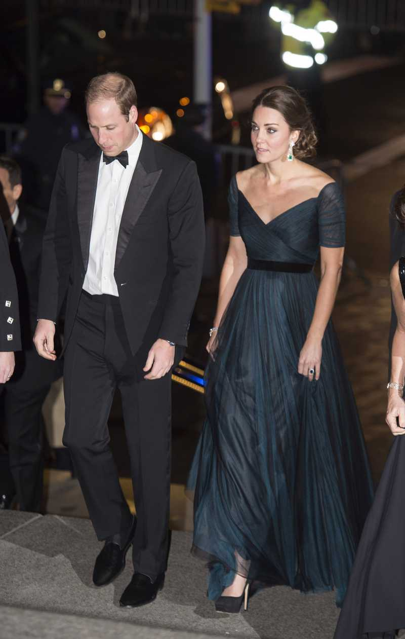 Meghan inspire même Kate Middleton, qui est apparue épaules dénudées lors d'un événement officielCatherine, Duchess of Cambridge at St. Andrews 600th Anniversary Dinner at Metropolitan Museum