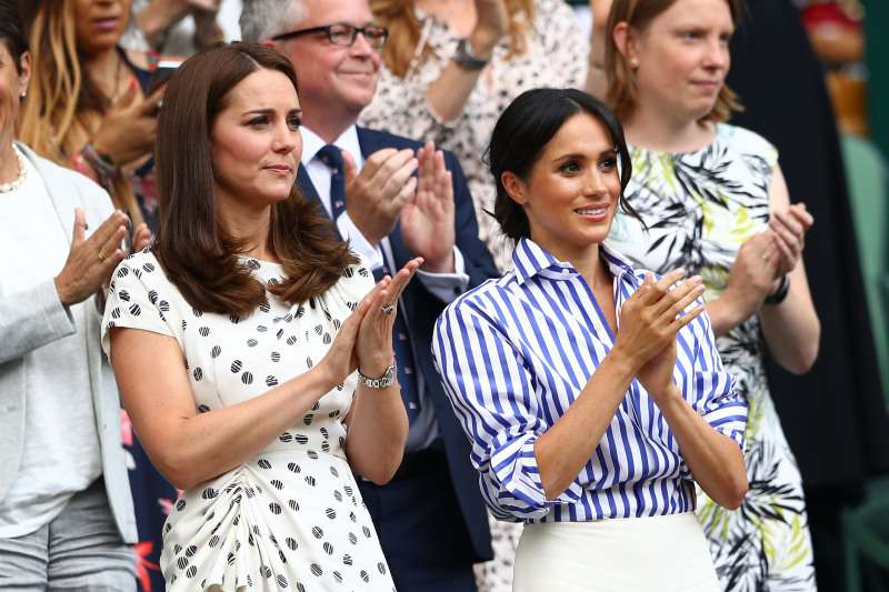 Royal Family Falling Apart? Fab Four Seems No Longer Strong After Harry And Meghan's Decision To MoveRoyal Family Falling Apart? Fab Four Seems No Longer Strong After Harry And Meghan's Decision To MoveRoyal Family Falling Apart? Fab Four Seems No Longer Strong After Harry And Meghan's Decision To MoveRoyal Family Falling Apart? Fab Four Seems No Longer Strong After Harry And Meghan's Decision To Move