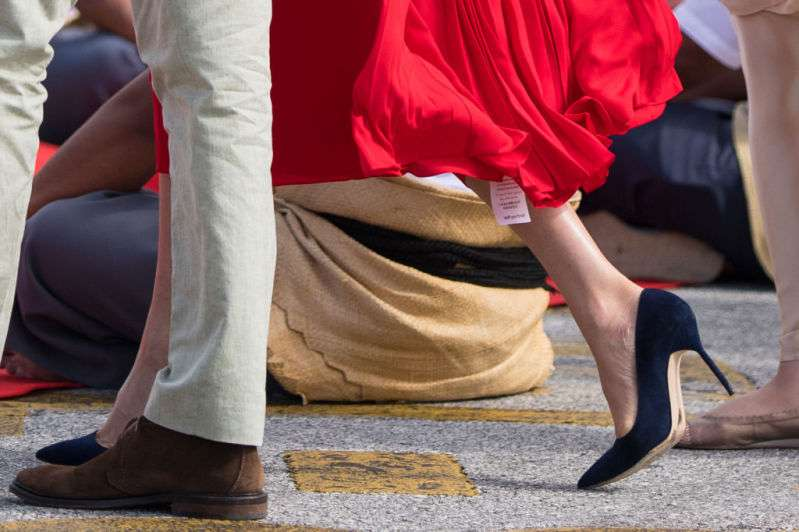 Meghan Markle Stuns In A Ravishing Red Dress As Her Gorgeous Baby Bump Takes Center Stage Once AgainMeghan Markle Stuns In A Ravishing Red Dress As Her Gorgeous Baby Bump Takes Center Stage Once AgainMeghan Markle Stuns In A Ravishing Red Dress As Her Gorgeous Baby Bump Takes Center Stage Once Again