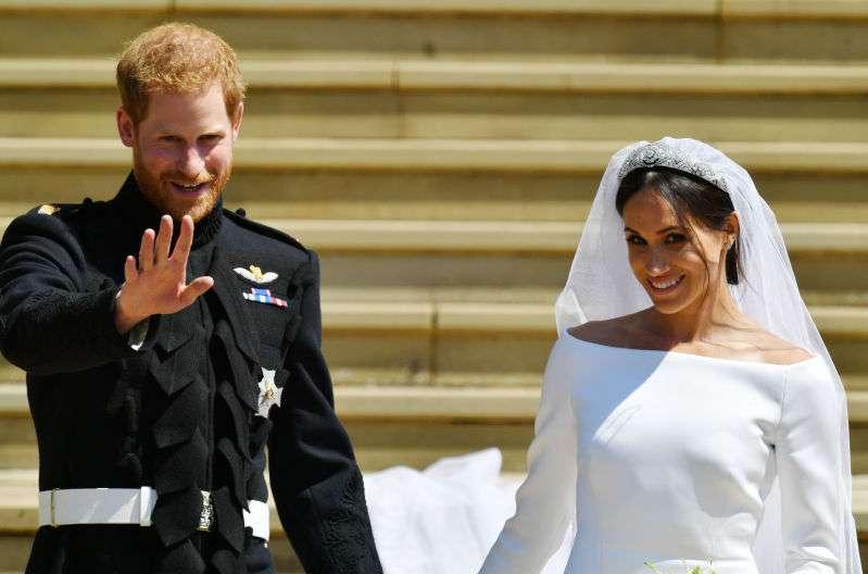 Meghans Körpersprache in noch nie veröffentlichten Hochzeitsbildern bietet eine neue Perspektive auf ihre Ehe
