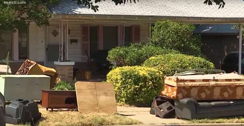 80-Year-Old Veteran Was Evicted From His Home For Unpaid Property Taxes, But His Neighbors Came To His Rescue