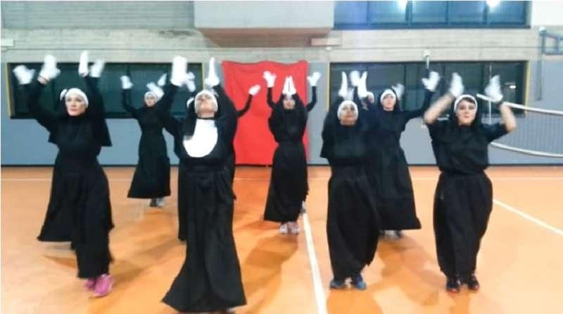 "Zumba Dance: 12 ""Nuns"" Did An Amazing Performance To 'I Will Follow Him'"