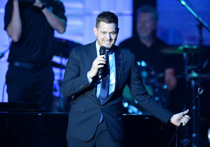 Michael Buble Gets To Perform With Iconic Bing Crosby On The Same Stage Due To Modern Technology