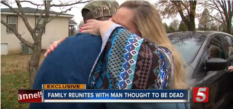 Such A Sweet Reunion: Daughter Finally Meets Her Father Again 26 Years After She Was Told That He Had DiedSuch A Sweet Reunion: Daughter Finally Meets Her Father Again 26 Years After She Was Told That He Had Died