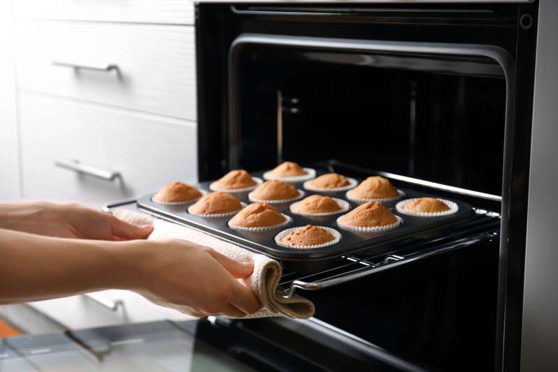 Easy-Peasy! How To Clean An Oven Without Breaking A Sweat With Just 2 Ingredients From Your PantryEasy-Peasy! How To Clean An Oven Without Breaking A Sweat With Just 2 Ingredients From Your Pantry