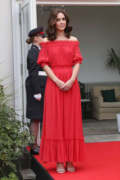Kate Middleton et Meghan Markle en rouge : qui le porte le mieux ?kate