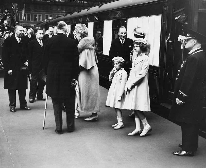 Scandalous Life And Death Of Rebel Royal Princess Margaret Queen