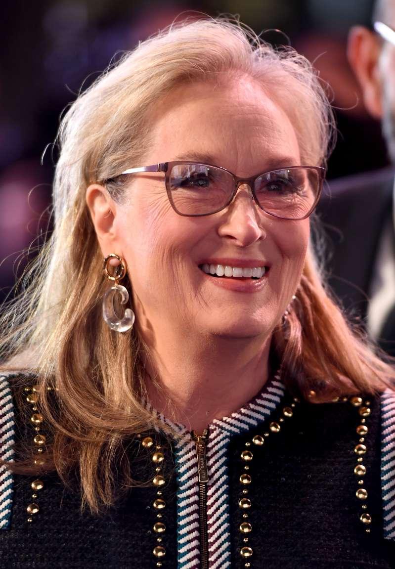 3 Zodiac Signs That Look Wonderful In Old AgeMeryl Streep