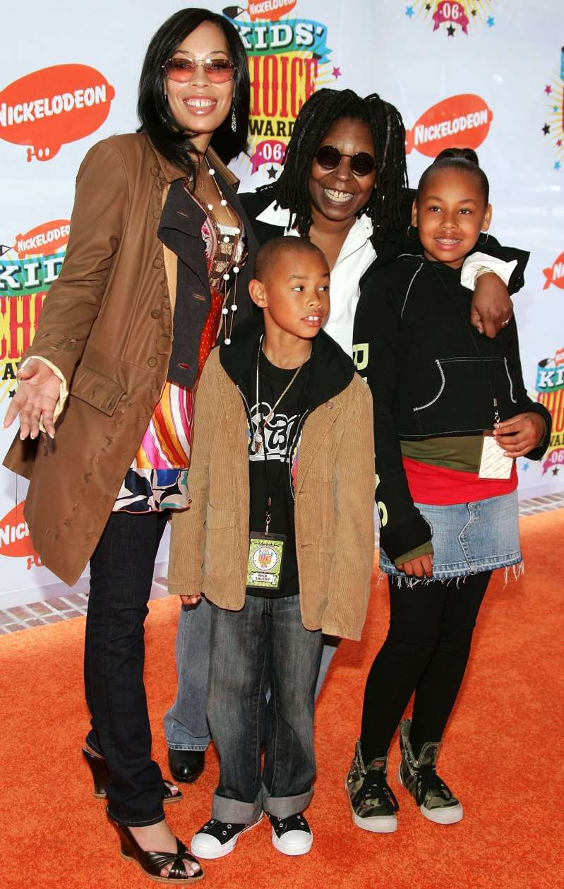 Being A Single Mama, Whoopi Goldberg And Her Daughter Became Not Only Lookalikes, But Also BestiesBeing A Single Mama, Whoopi Goldberg And Her Daughter Became Not Only Lookalikes, But Also BestiesBeing A Single Mama, Whoopi Goldberg And Her Daughter Became Not Only Lookalikes, But Also BestiesBeing A Single Mama, Whoopi Goldberg And Her Daughter Became Not Only Lookalikes, But Also Besties