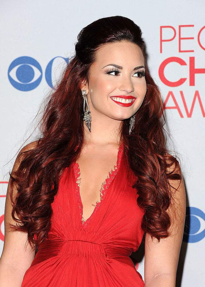 Going Bold: Demi Lovato Is Barely Recognizable In Brand New Martian-Green Hairdo And We Just Can't Look AwayGoing Bold: Demi Lovato Is Barely Recognizable In Brand New Martian-Green Hairdo And We Just Can't Look AwayGoing Bold: Demi Lovato Is Barely Recognizable In Brand New Martian-Green Hairdo And We Just Can't Look AwayGoing Bold: Demi Lovato Is Barely Recognizable In Brand New Martian-Green Hairdo And We Just Can't Look AwayGoing Bold: Demi Lovato Is Barely Recognizable In Brand New Martian-Green Hairdo And We Just Can't Look Away
