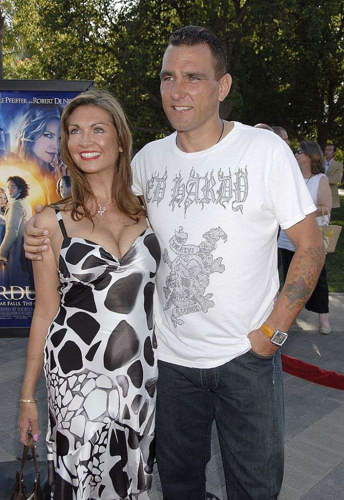 'Snatch' Star Vinnie Jones' Wife Passed Away At 53 After A Prolonged Battle With Melanoma'Snatch' Star Vinnie Jones' Wife Passed Away At 53 After A Prolonged Battle With Melanoma'Snatch' Star Vinnie Jones' Wife Passed Away At 53 After A Prolonged Battle With Melanoma'Snatch' Star Vinnie Jones' Wife Passed Away At 53 After A Prolonged Battle With Melanoma