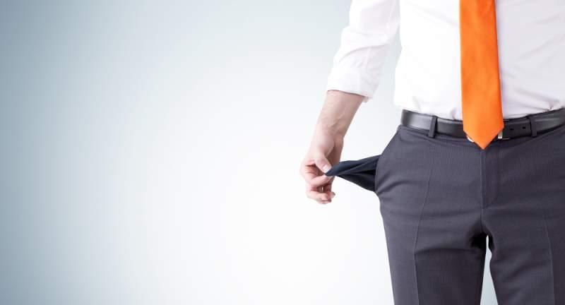 Blague du jour : un homme qui a régulièrement des problèmes d'argent appelle son père pour lui emprunter 700 €