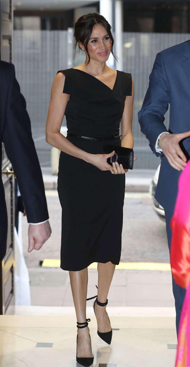 Meghan Markle et la reine Letizia d'Espagne ont un style vestimentaire vraiment très similaire !