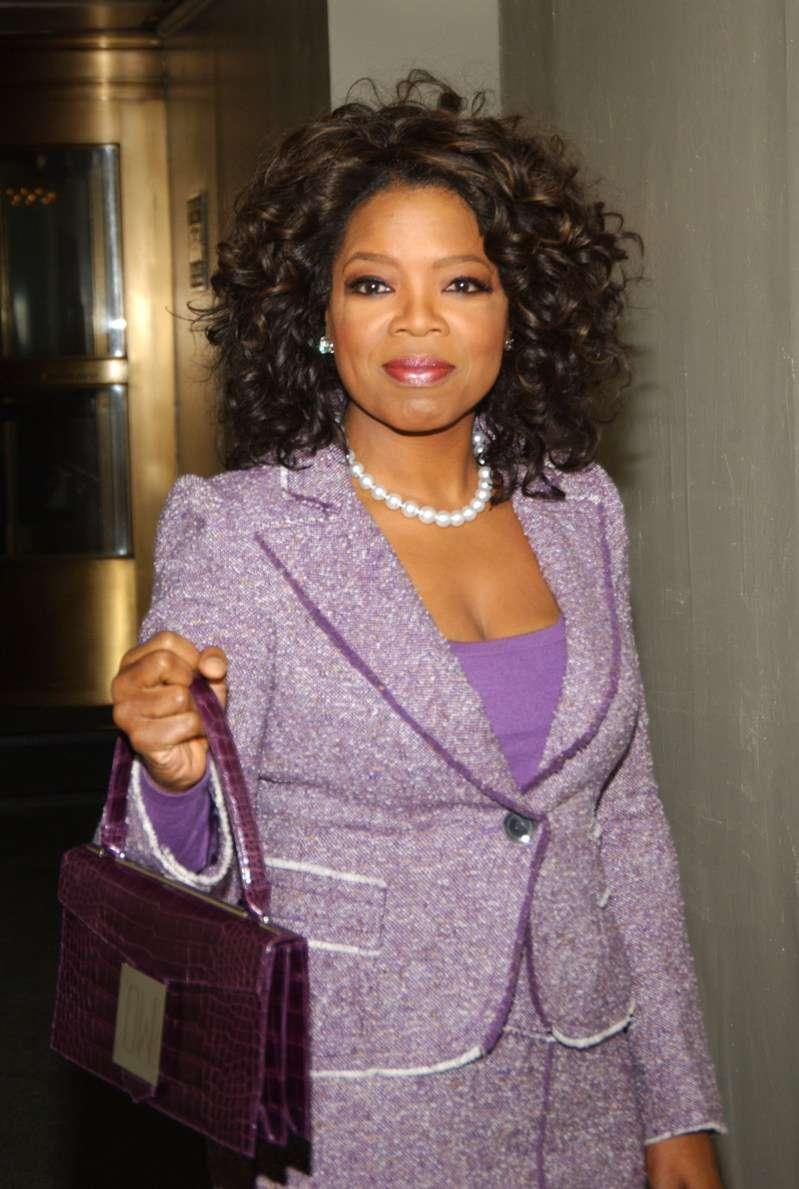 Ist Oprah eine Lügnerin? Ihre Kusine Katharine Carr Esters behauptete, dass der TV-Star über ihre schwierige Kindheit gelogen hat