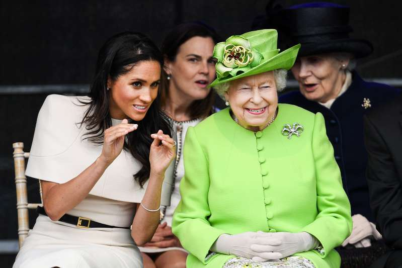 Queen Elizabeth Stands By Meghan Markle Through All The Drama With The Duchess' Father And Half-SisterQueen Elizabeth Stands By Meghan Markle Through All The Drama With The Duchess' Father And Half-SisterQueen Elizabeth Stands By Meghan Markle Through All The Drama With The Duchess' Father And Half-SisterQueen Elizabeth Stands By Meghan Markle Through All The Drama With The Duchess' Father And Half-Sister