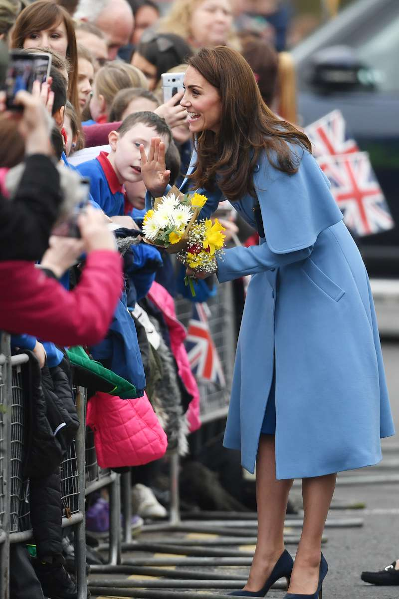 Maybe, It's Too Late? Kate Middleton's Fourth Pregnancy Could Bring Lots Of Serious ComplicationsMaybe, It's Too Late? Kate Middleton's Fourth Pregnancy Could Bring Lots Of Serious ComplicationsMaybe, It's Too Late? Kate Middleton's Fourth Pregnancy Could Bring Lots Of Serious Complications