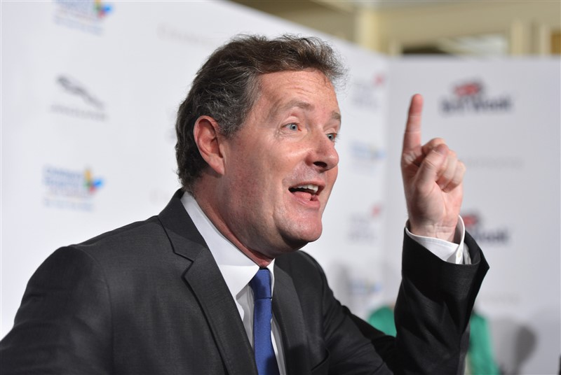Dads Come For Piers Morgan Guns-Blazing When He Mocked Daniel Craig For Carrying His BabyDads Come For Piers Morgan Guns-Blazing When He Mocked Daniel Craig For Carrying His Baby