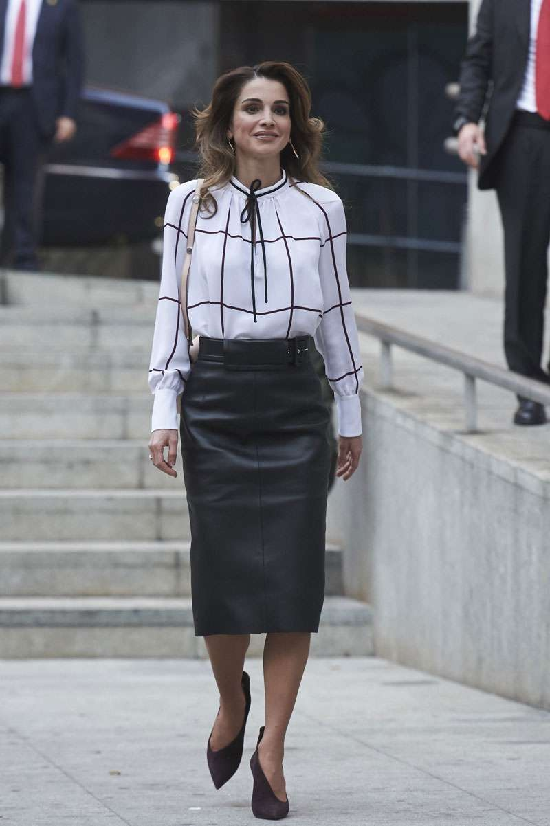 National Trend: Queen Rania Includes Ethnic Prints In Almost All Of Her Modern Outfits