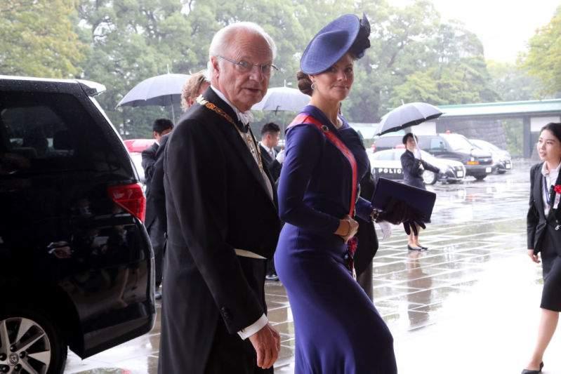 La royauté du monde entier réunie en Asie : les 6 plus belles et plus luxueuses robes qui ont été portées