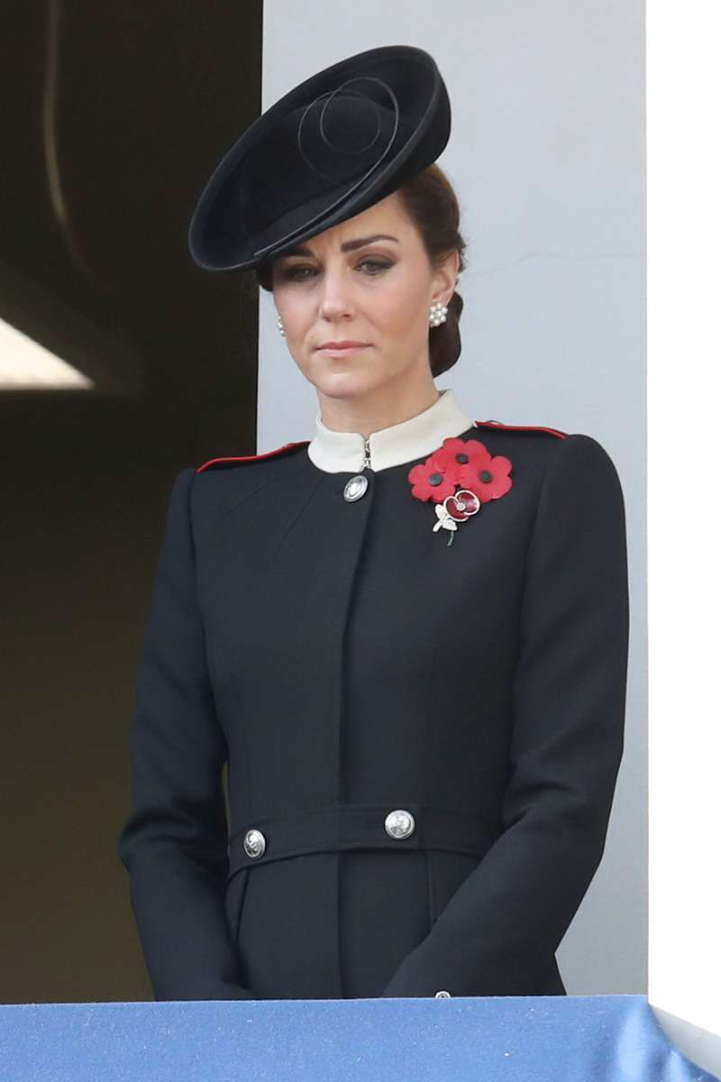 Queen Elizabeth And Duchess Of Cambridge Were Spotted Wearing Multiple Poppies For Remembrance Day, And Here Is The ReasonQueen Elizabeth And Duchess Of Cambridge Were Spotted Wearing Multiple Poppies For Remembrance Day, And Here Is The ReasonQueen Elizabeth And Duchess Of Cambridge Were Spotted Wearing Multiple Poppies For Remembrance Day, And Here Is The ReasonQueen Elizabeth And Duchess Of Cambridge Were Spotted Wearing Multiple Poppies For Remembrance Day, And Here Is The ReasonCatherine, Duchess of Sussex