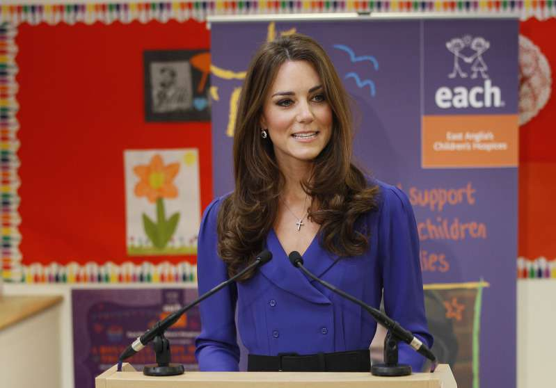 Meghan Markle Has A 'Queen-Like Quality' That Kate Middleton Doesn't Have, Claims Royal ExpertMeghan Markle Has A 'Queen-Like Quality' That Kate Middleton Doesn't Have, Claims Royal ExpertMeghan Markle Has A 'Queen-Like Quality' That Kate Middleton Doesn't Have, Claims Royal ExpertMeghan Markle Has A 'Queen-Like Quality' That Kate Middleton Doesn't Have, Claims Royal ExpertMeghan Markle Has A 'Queen-Like Quality' That Kate Middleton Doesn't Have, Claims Royal ExpertKate Middleton gives first speech