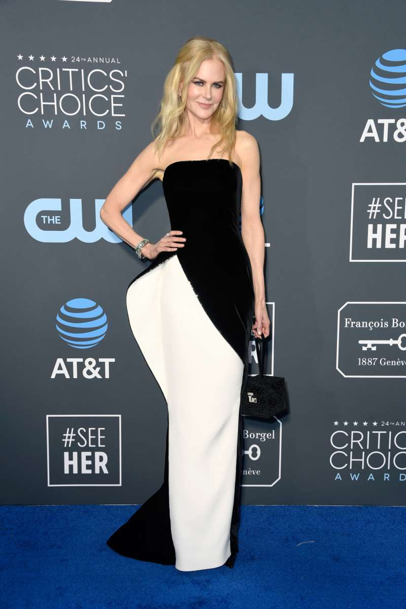 Nicole Kidman Stuns In An Unusual Black-And-White Gown At Critics' Choice AwardsNicole Kidman Stuns In An Unusual Black-And-White Gown At Critics' Choice AwardsNicole Kidman Stuns In An Unusual Black-And-White Gown At Critics' Choice AwardsNicole Kidman Stuns In An Unusual Black-And-White Gown At Critics' Choice Awards