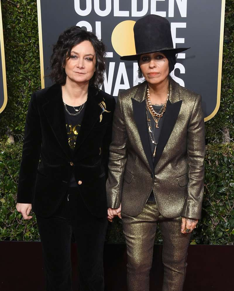 'The Talk' Host Sara Gilbert And Wife Linda Perry Have The Most Romantic And Fun Proposal Story'The Talk' Host Sara Gilbert And Wife Linda Perry Have The Most Romantic And Fun Proposal Story'The Talk' Host Sara Gilbert And Wife Linda Perry Have The Most Romantic And Fun Proposal Story