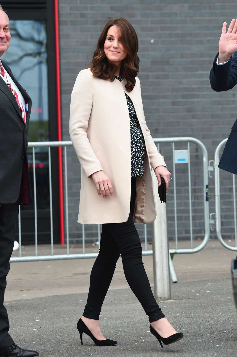 Cute Bellies! How Do Meghan Markle and Kate Middleton's Maternity Styles Differ?
