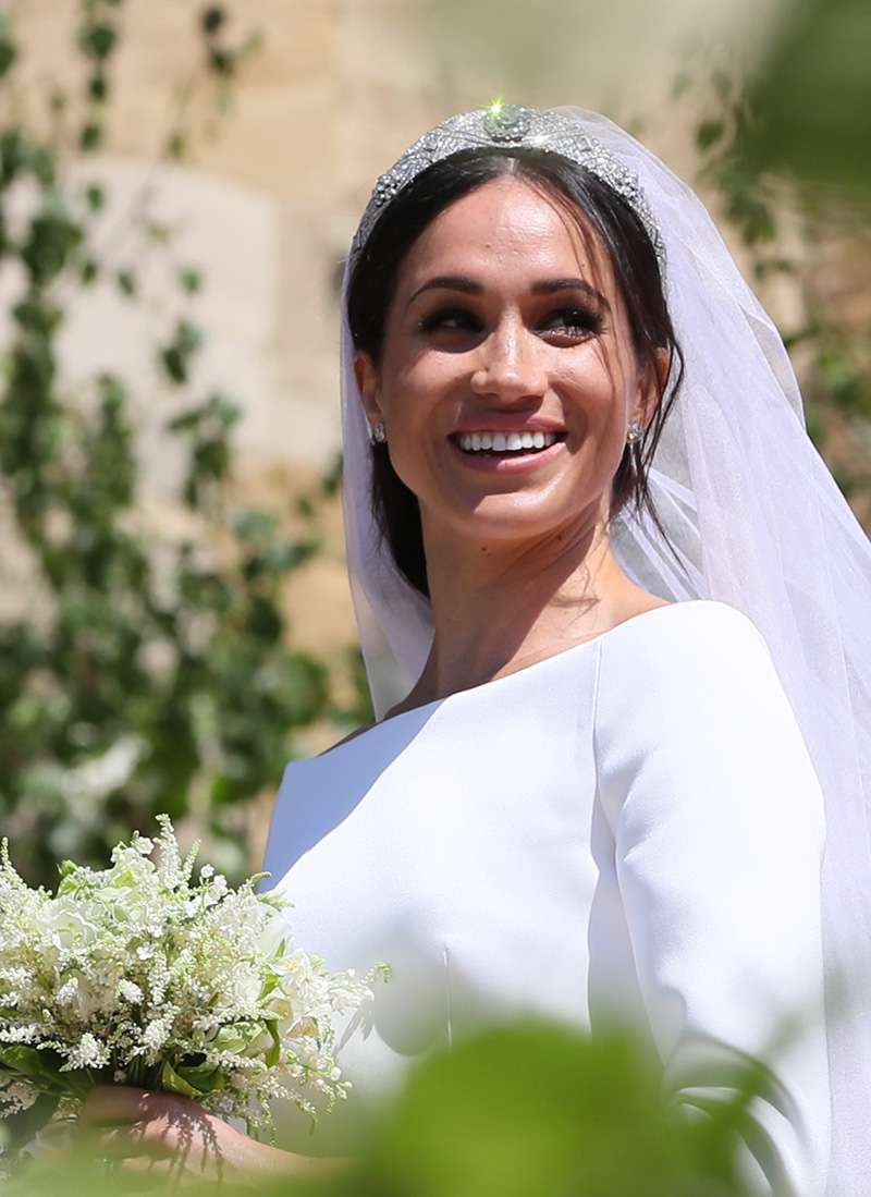 stunning transformation step by step makeup tutorial of meghan markle s wedding look step by step makeup tutorial of meghan