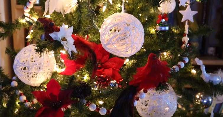 Lampade e decorazioni natalizie in filato fatte a mano for Youtube decorazioni natalizie