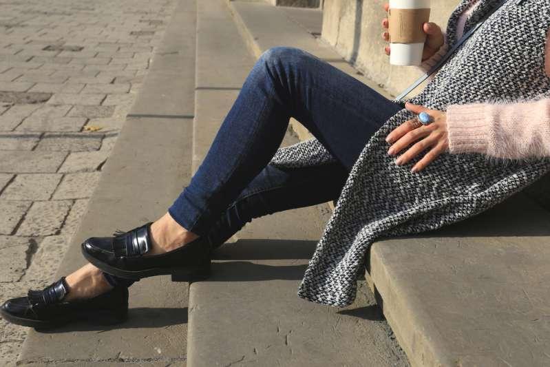 5 errori nella scelta dei vestiti che fanno sembrare le donne più vecchielofers shoes