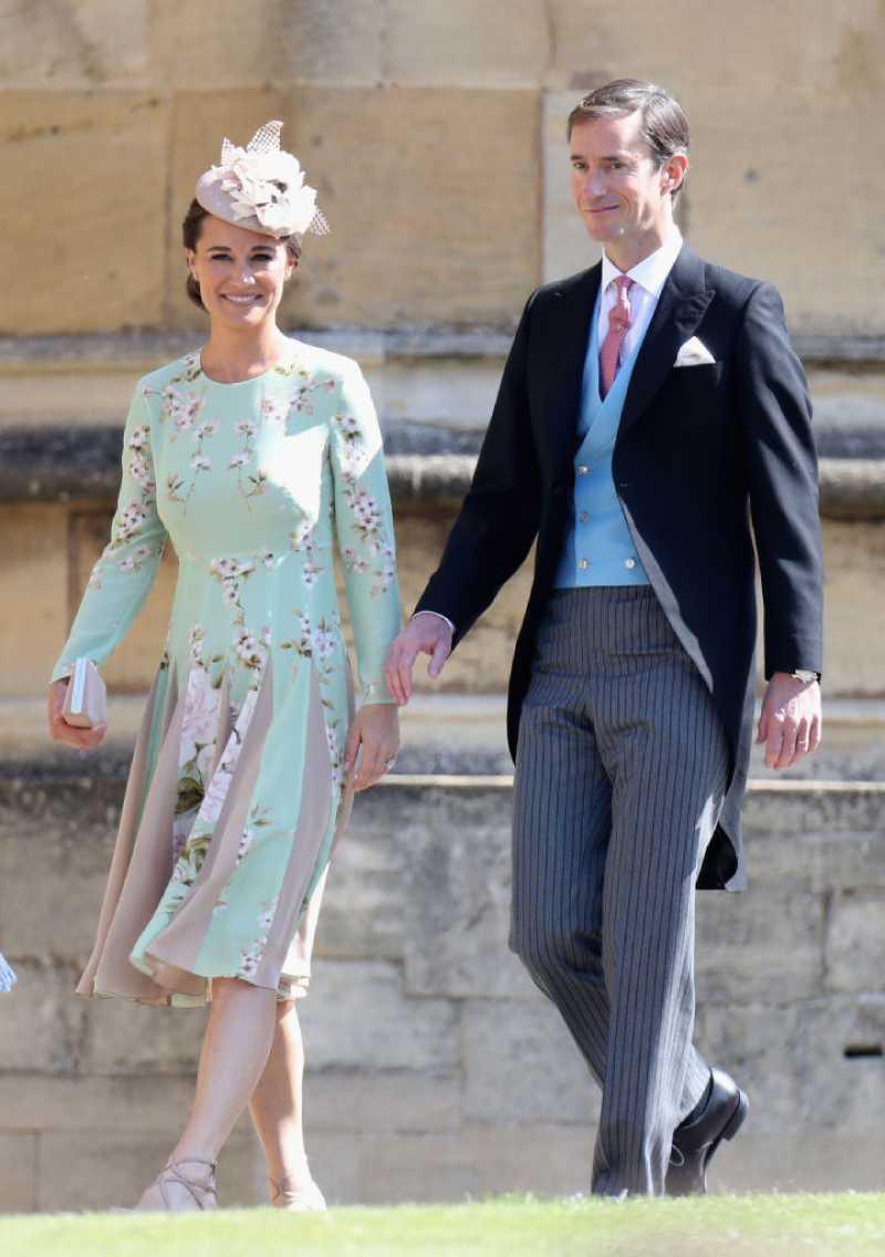 Pippa Middleton sieht beim Auftreten mit ihrem Baby, nur einige Tage nach der Geburt, umwerfend aus